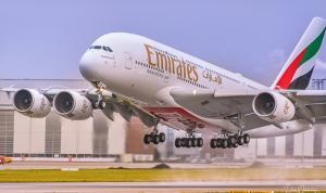 Emirates A380 in Finkenwerder